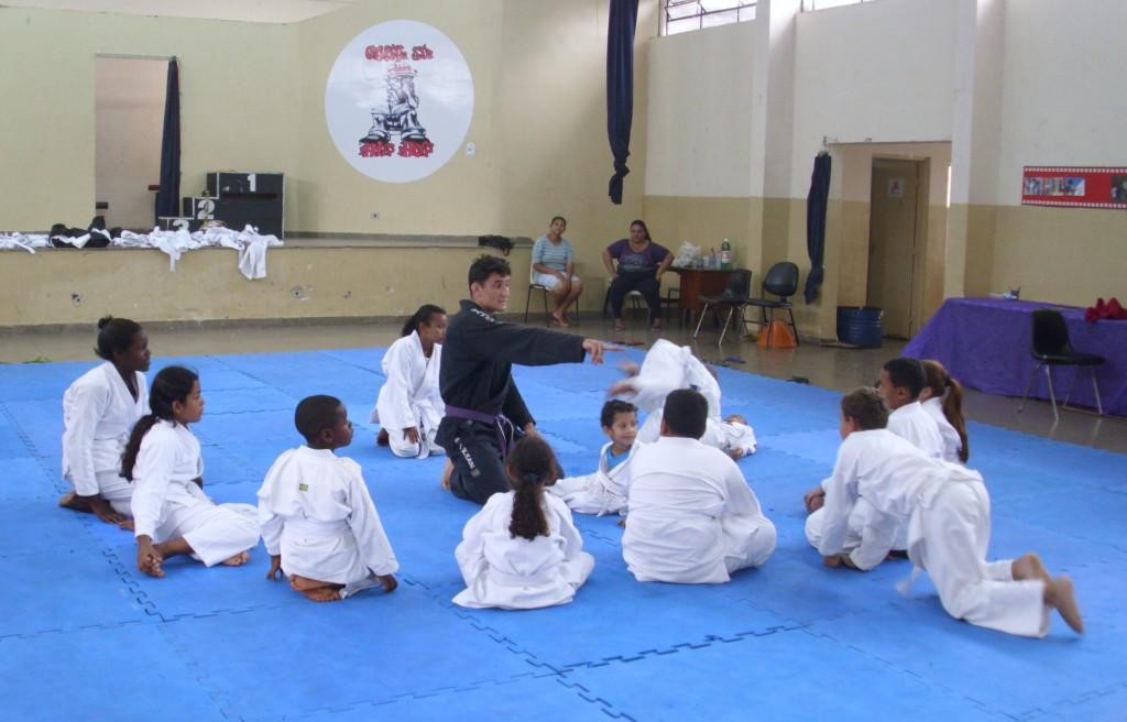 aula-de-jui-jitsu