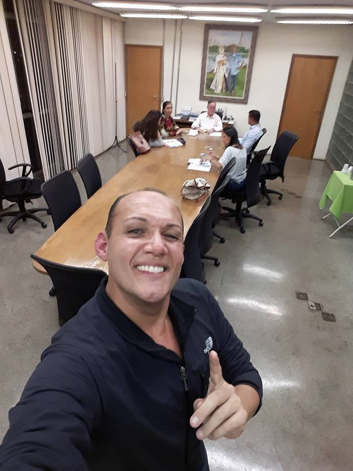 4-comdef-posse-mesa-diretora